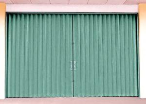 Pintu Harmonika Kuat dan Awet