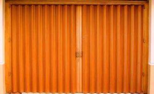 pintu besi harmonika